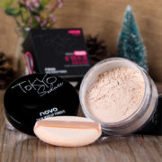 Newest-Makeup-Loose-Finishing-Powder-Matte-Bare-Face-Whitening-Skin-Finish-Transparent-Powder-Palette-SPF-25 (2)
